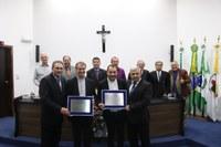 Câmara homenageia Padre Nelson Bueno da Silva e o Bispo Mário Spaki