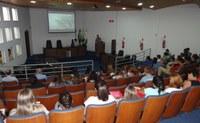 Estudantes da PUC realizam visita técnica em Irati