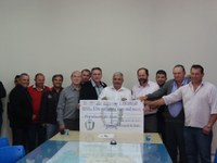 Legislativo repassa R$ 1.100.000,00 para o município