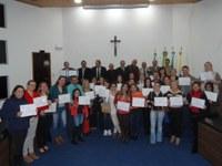 Moção de Aplausos - Câmara homenageia equipes de enfermagem da Secretaria Municipal de Saúde e da Santa Casa de Irati