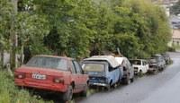 PL prevê multa e remoção de veículos abandonados em vias públicas