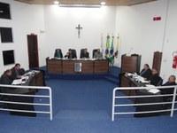Sessão Ordinária - Dez projetos do executivo e legislativo foram apreciados e aprovados