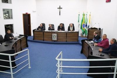 Câmara aprova Decreto Legislativo que autoriza licença ao Prefeito Municipal
