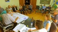 Vereadores participam de reunião técnica para retomada da obra do Ginásio de Esportes José Richa